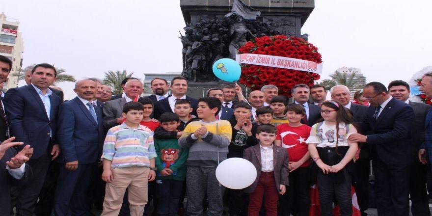 CHP İzmir'den 23 Nisan kutlaması