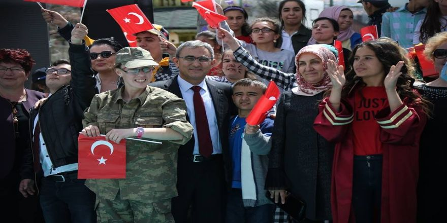 Başkan Alim Işık, Özel Öğrencilerle Bir Araya Geldi