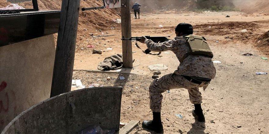 Libya zirvesinden savaşın durdurulması çağrısı