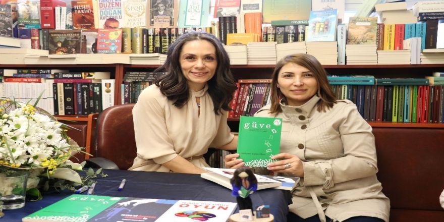 Yazar Mehpare Şayan Kileci İmza Gününde Okurlarıyla Buluştu
