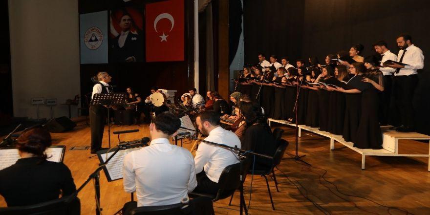 Erü'de Meslevi Bestekârlar Konseri Düzenlendi