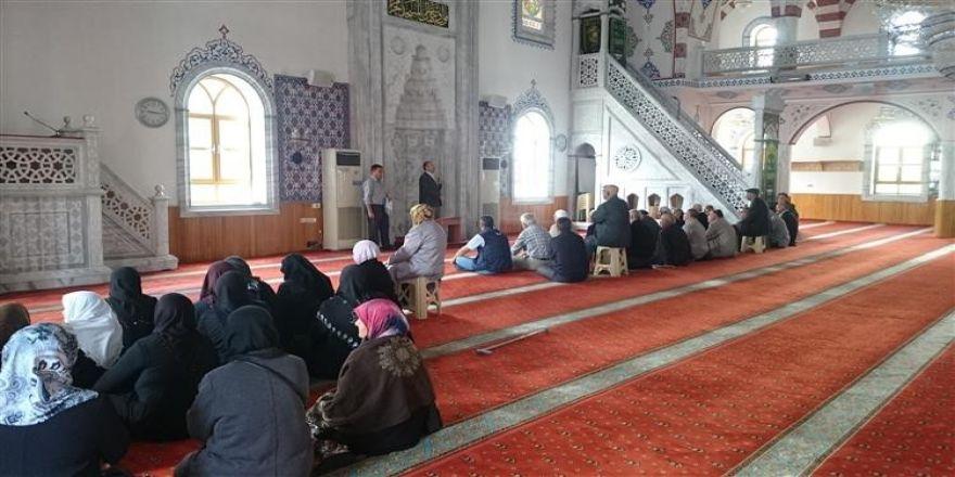 Kulu'da Hacı Adaylarına Seminer