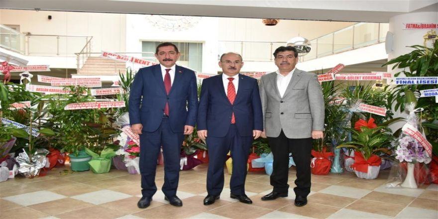 Vali Karadeniz'den Başkan Vidinlioğlu'na Ziyaret
