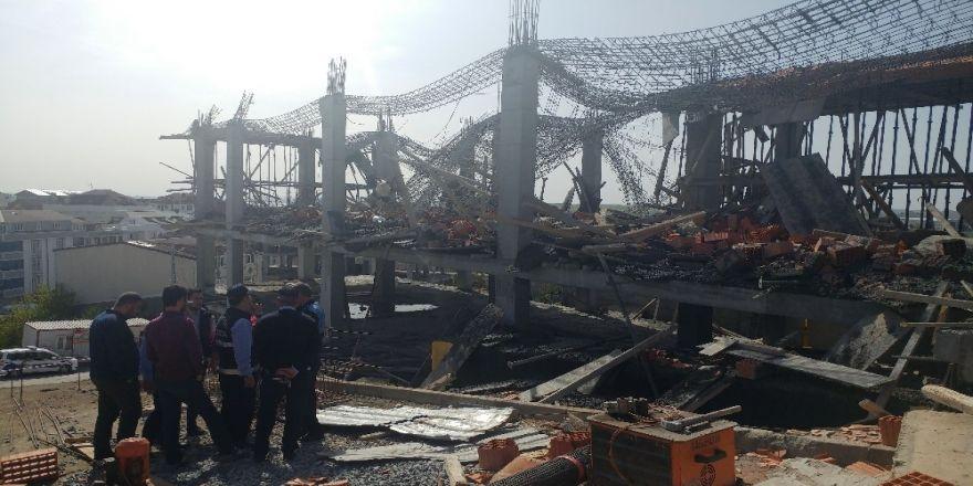 Arnavutköy'de Bir İnşaatta Beton Dökümü Sırasında 3 İşçi Molozların Arasında Kaldı