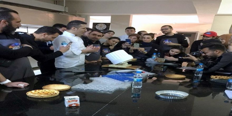 Arü'lü Öğrenci Ulusal Aşçılık Kampına Katıldı