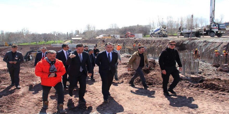 Vali Çağatay, Cumhurbaşkanlığı Köşkü İnşaat Çalışmalarını İnceledi