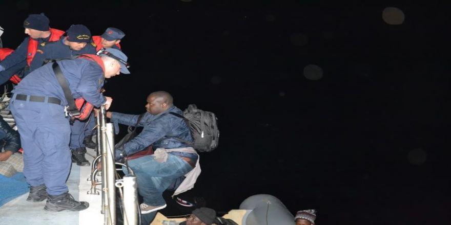 Seferihisar'da 47 Düzensiz Göçmen Yakalandı