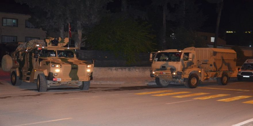 Suriye sınırına komanda takviyesi