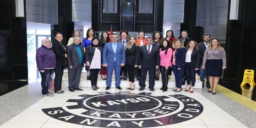 Kadın Girişimcilerden Başkan Büyüksimitci'ye Ziyaret