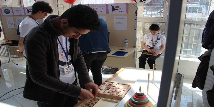 Erzurum Lisesinde Tübitak Bilim Fuarı Açıldı