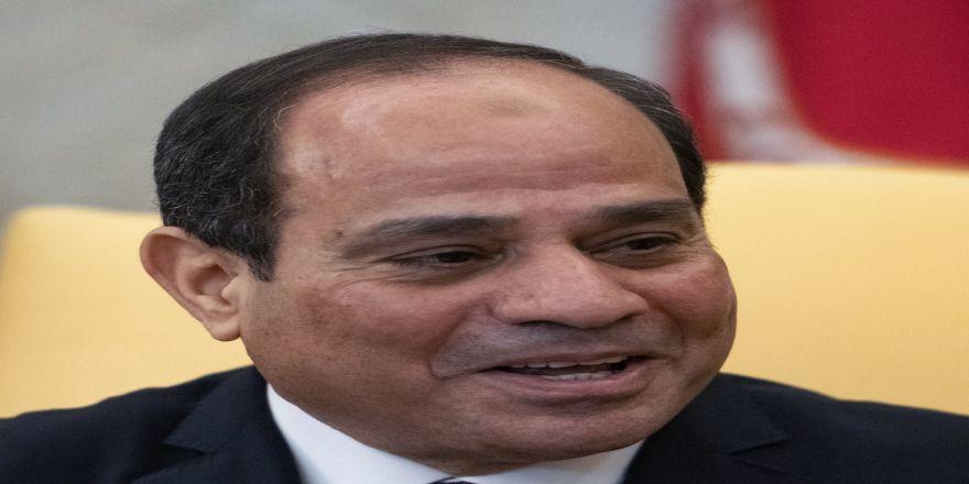 Mısır Devlet Başkanı Sisi 3 Ay Olağanüstü Hal Etti