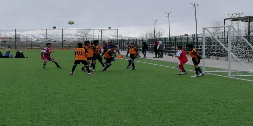 Çaldıran'da Futbol Turnuvası