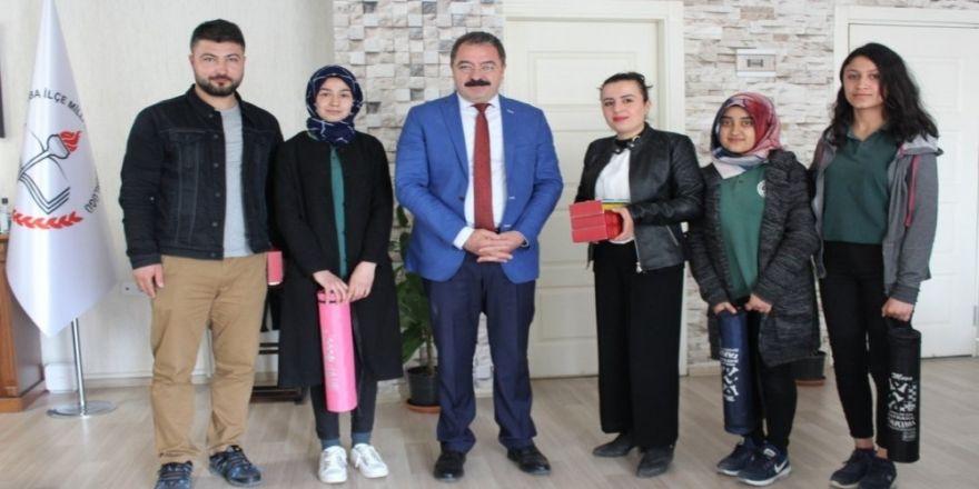 Okul Öğrencilerinden Müdür Ceylani'ye Ziyaret