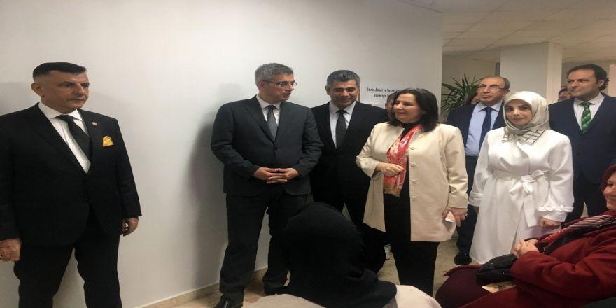 """Kemal Memişoğlu: """"Herkesin Sağlıkçılara Sahip Çıkmasını İstiyorum"""""""