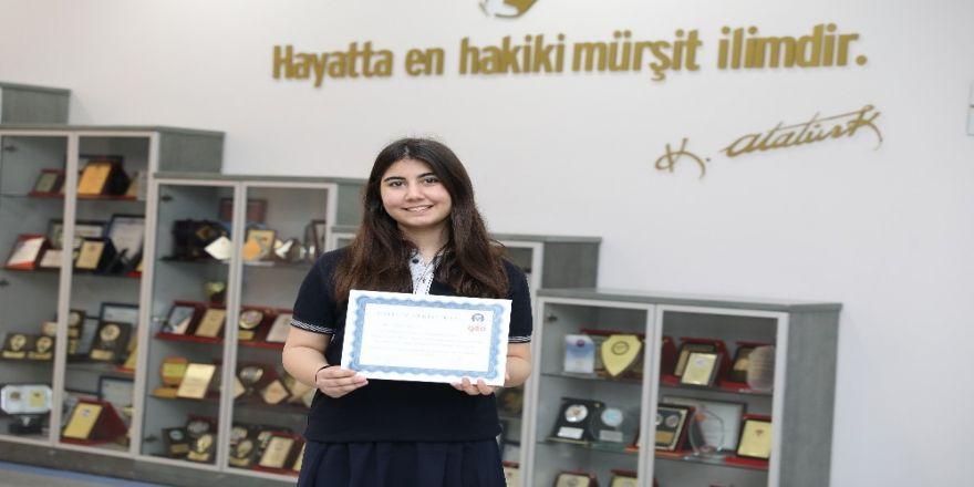 Sanko Okulları Öğrencisi Azra Akkuş'a Büyük Ödül