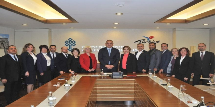 Gesifed, Kültür Ve Turizm Bakanı Ersoy'a 'Ege Hikayesi'ni Anlattı