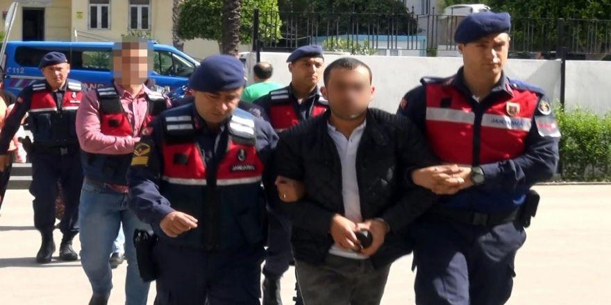 Sahte Kimlikle Uyuşturucu Ticareti Yapan Şahıs Yakalandı
