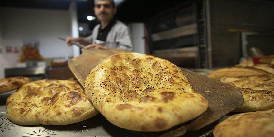 Fırıncılar 'ramazan pidesi' mesaisine hazır