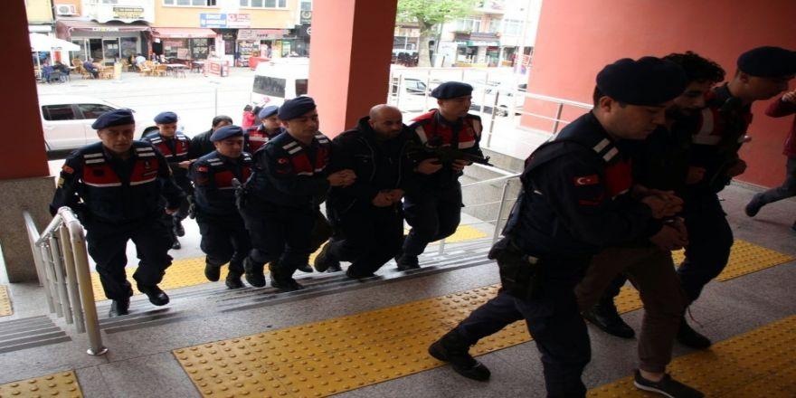 Terör Operasyonunda Yakalanan 4 Yabancı Uyruklu Şahıs Tutuklandı