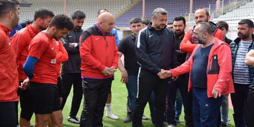İlker Çakır'dan moral ziyareti