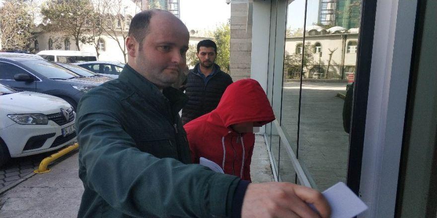 Yardım Kumbarasını Çalan Çocuk Tutuklandı