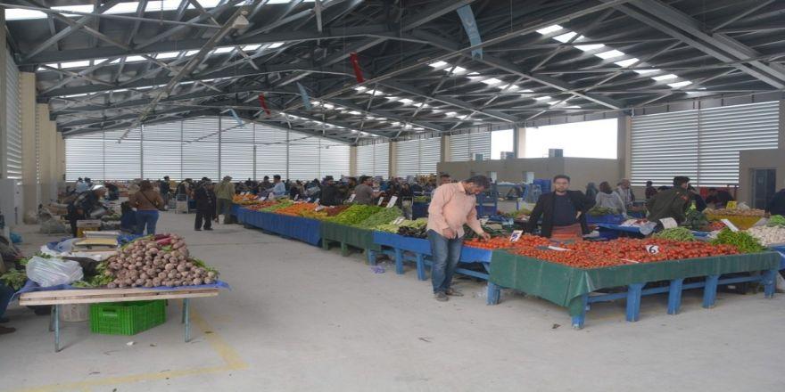 Helvacı'da Modern Kapalı Pazar Yeri Hizmete Girdi