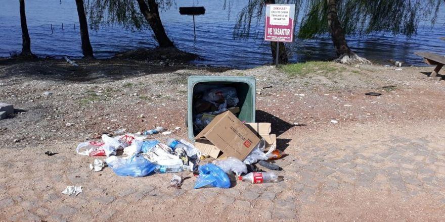 Başkan Yıldırım Çöpleri Devirenlere Tepki Gösterdi