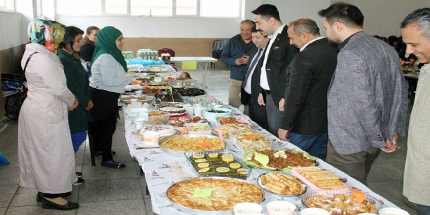 Çayıralan'da Okul Yararına Kermes