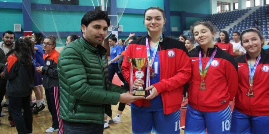 Dpü Kadın Basketbol Takımı Süper Lig'e Yükselme Şansını Kaybetti