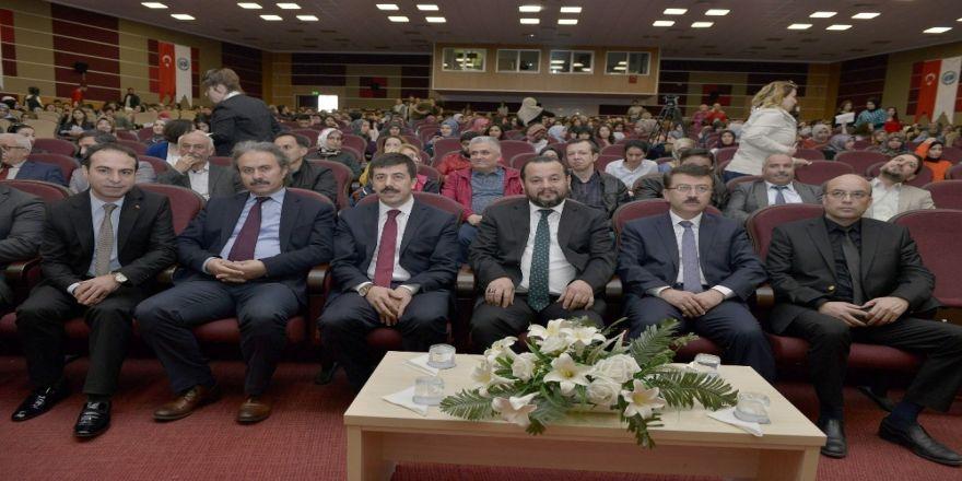 Kmü'de Bağımlılıkla Mücadele Konferansı