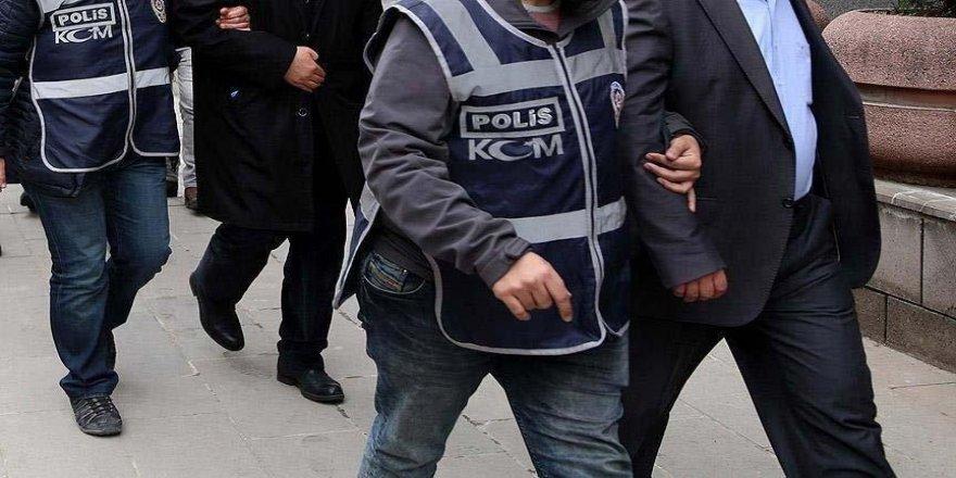 Balıkesir'de Fetö Operasyonu: 5 Kişi Yakalandı