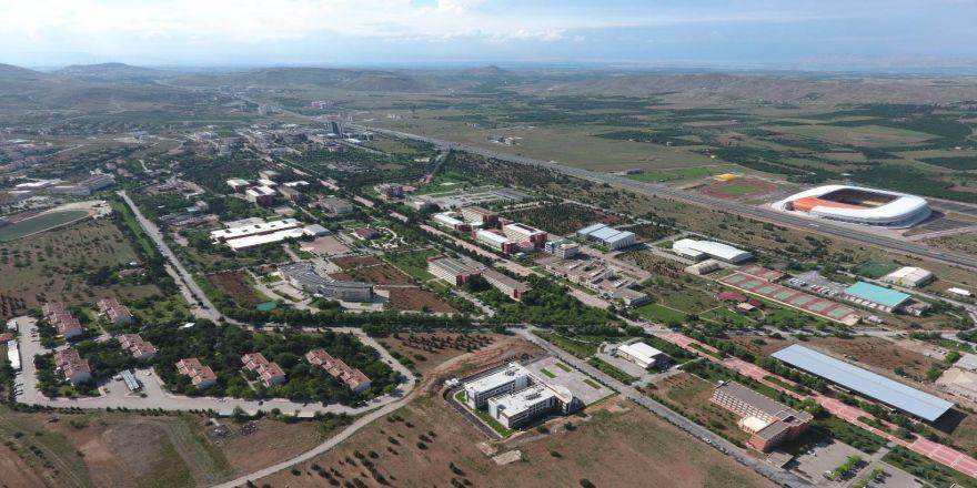İnönü Üniversitesi 2018'e Damga Vurdu