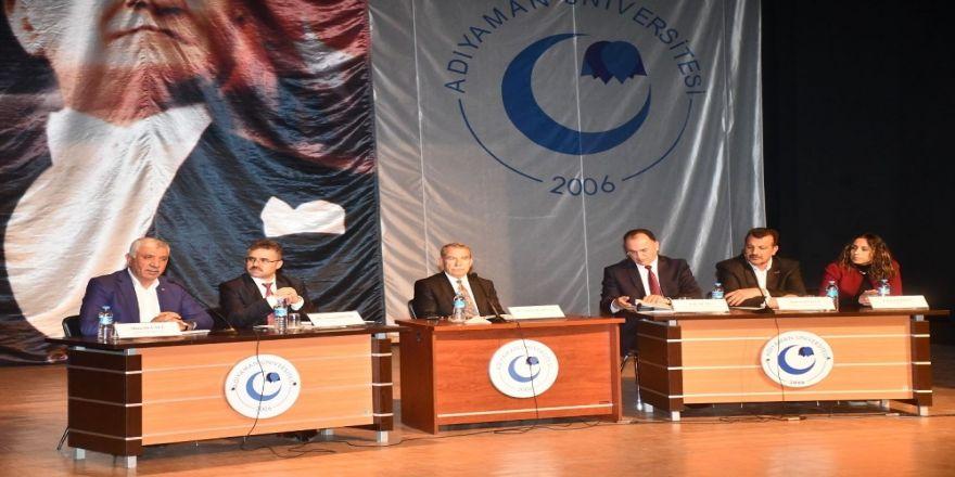 """""""Adıyaman'ın Geleceğinde Tarım Ve Gıda"""" Paneli Düzenlendi"""