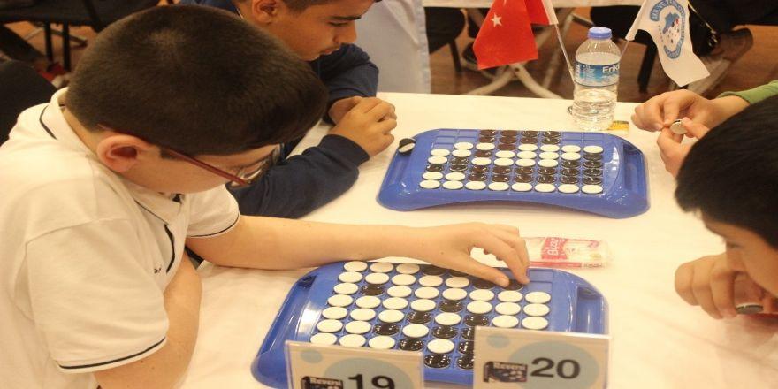 Türkiye'nin En Zeki Çocukları Kıyasıya Yarıştı