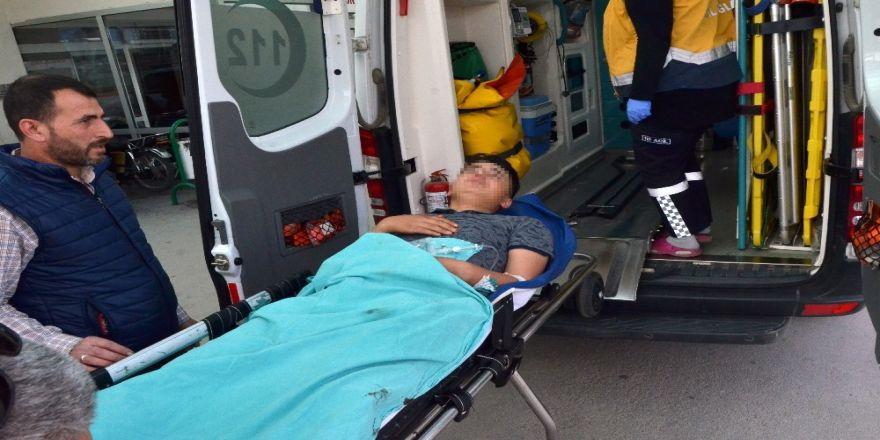12 Yaşındaki Çocuk, 15 Yaşındaki Komşusunu Tabancayla Oynarken Yaraladı