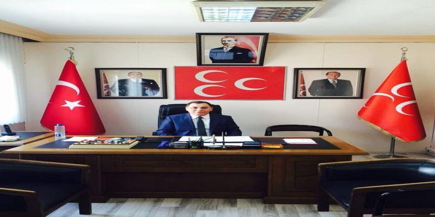 """Adem Kar, """" Siyasetçiden Rektör Olmaz"""""""