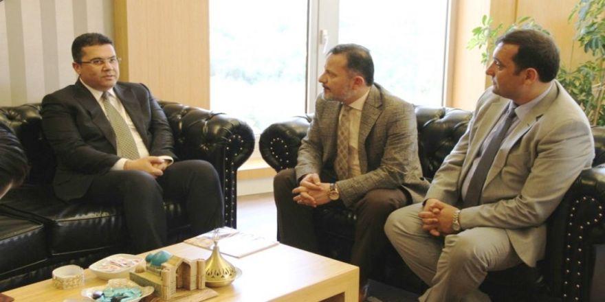 Öğretim üyesi Ersoy'dan Rektör Gören'e ziyaret