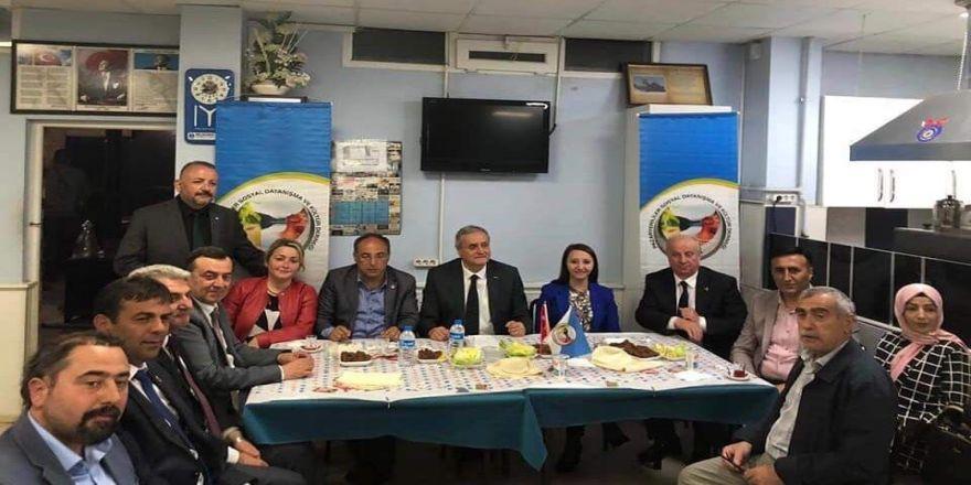 Başkan Bakkalcıoğlu Bozüyük Pazaryerililer Derneği Türkü Gecesi'ne Katıldı