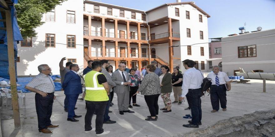 Adana'da Tarihi Binaların Restorasyon Çalışmaları