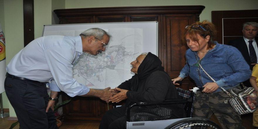 Bozdoğan, 'Halk Günü'nde vatandaşlarla buluştu