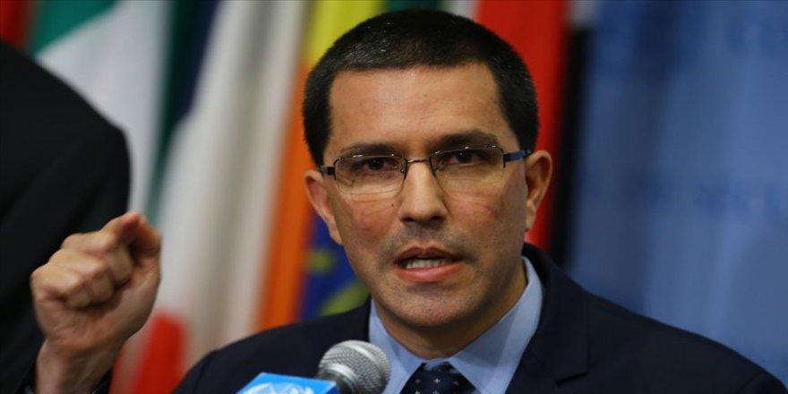 Venezuela, ABD'ye karşı koymaya hazır