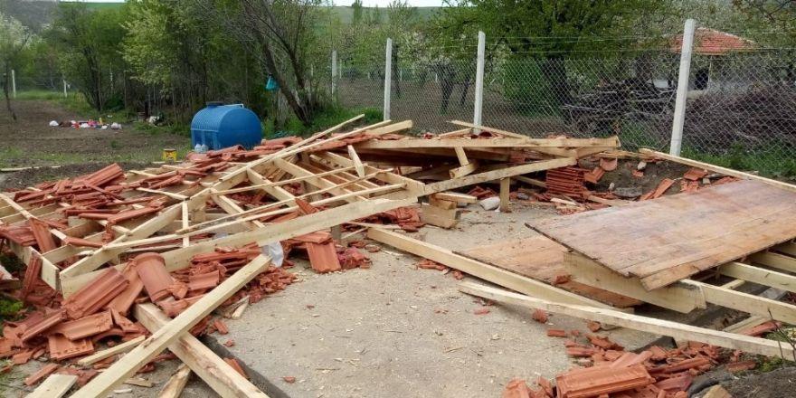 Bağ evinin çatısı çöktü: 3'ü çocuk 5 yaralı