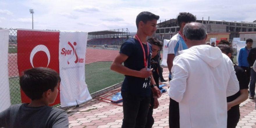 Atletizmde Erzincan'ı temsil edecekler