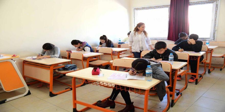 Büyükşehir'den Lgs Deneme Sınavı