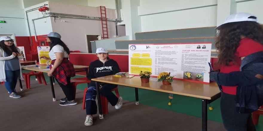 Fatih Fen Lisesinde Tübitak Bilim Fuarları Kapsamında Bilim Şenliği Düzenlendi