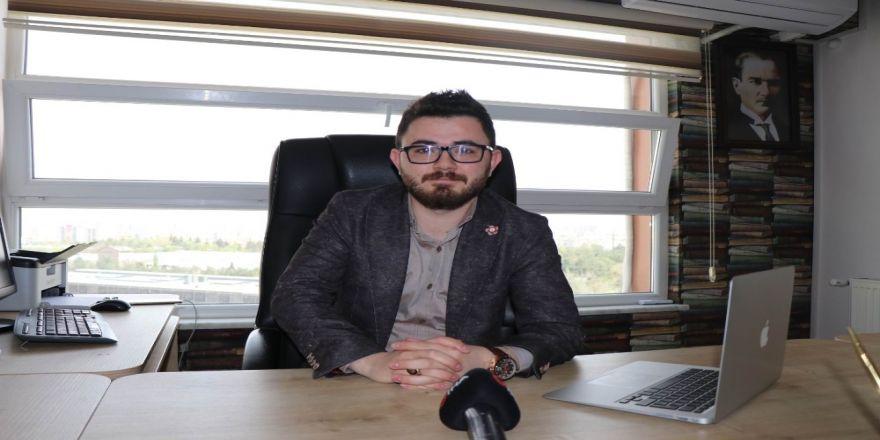 """Avukat Emir Akpınar: """"Nafakaya 5 Yıl Sınır Getirilmelidir"""""""