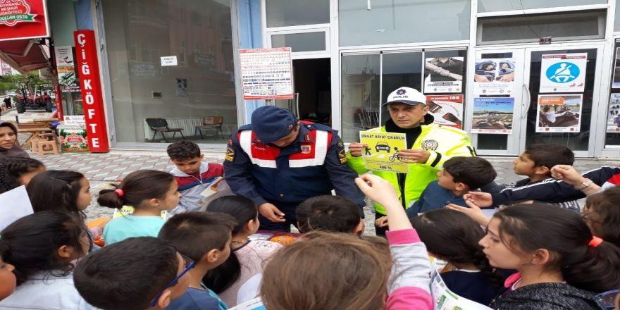 Kargı'da Trafik Standı Açıldı
