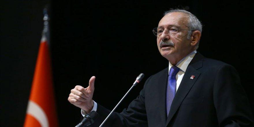 Kılıçdaroğlu, Süper Lig'e yükselen takımları kutladı