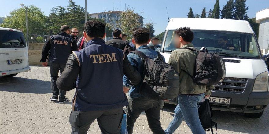 FETÖ operasyonunda 4 kişi yakalandı