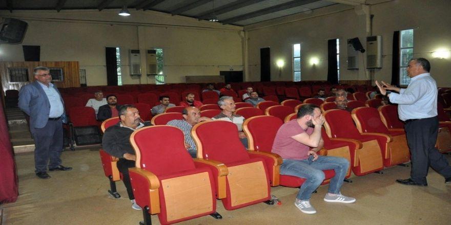 Didim'de Dolmuş Ve Taksi Şoförlerine Uyum Eğitimi Verildi
